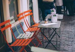 Køb alle møbler til restauranten eller cafeen på nettet