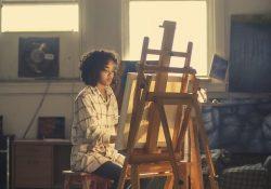 Indram dine malerier på allerbedste vis med en svæveramme